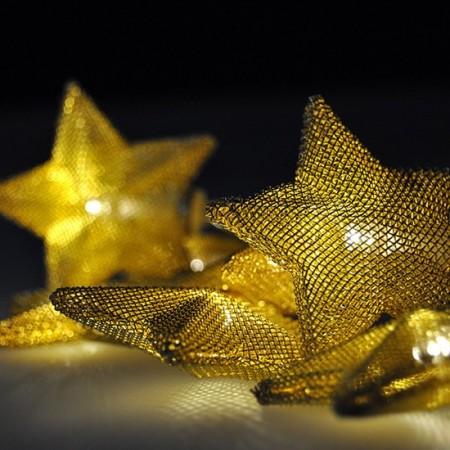 Vánoční řetěz zlaté hvězdy