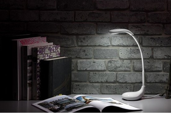 stolní lampy na psací stůl